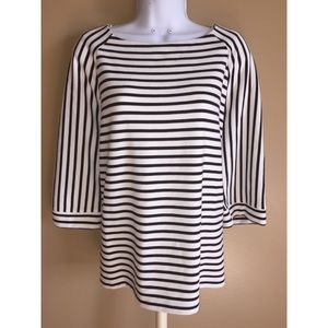 Chico's size 2 (Large 12/14) Black & white top
